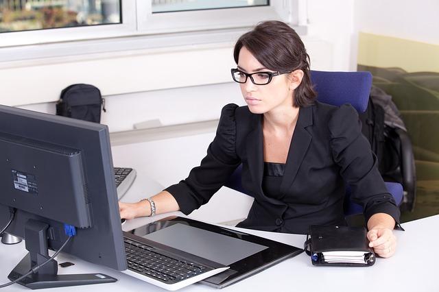 praca nad wyceną rezerw na niewykorzystane urlopy