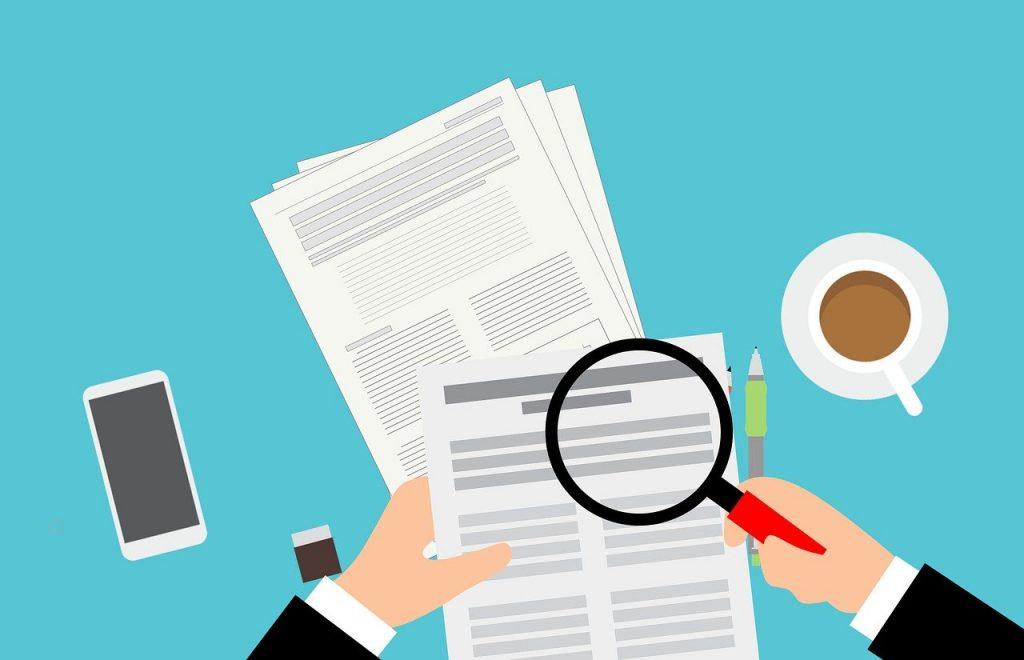 audytor weryfikuje rezerwę na świadczenia pracownicze